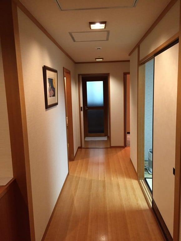 トスラブ箱根 和奏林 部屋内廊下